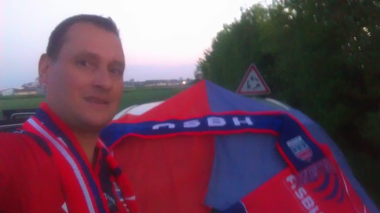 Il fait près de 700 kms pour venir voir le match à Mont-de-Marsan !